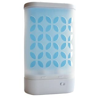 AP & G Inc Catchmaster 944 Luma Flying Insect Trap|https://ak1.ostkcdn.com/images/products/12397505/P19218387.jpg?impolicy=medium