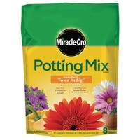 Miracle Gro 75678300 8-quart Potting Mix 0.21-0.11-0.16
