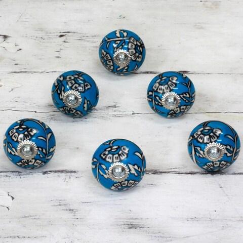 Handmade Set of 6 Ceramic 'Charming Blue Flowers' Cabinet Knobs (India)