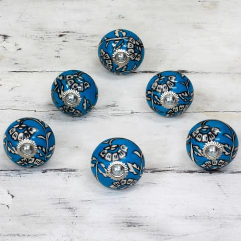 Handmade Charming Blue Flowers Cermaic Cabinet Knob, Set of 6 (India)