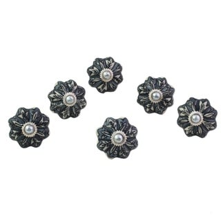 Set of 6 Handcrafted Ceramic 'Flower Harmony in Grey' Cabinet Knobs (India)