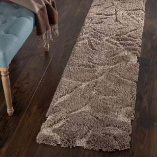 "Windsor Home Everest Shag Sculptured Flowers Rug (1' 8"" x 7')"