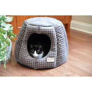 Armarkat Luxe Silver Polyester Dome-shaped Waterproof Cat Bed