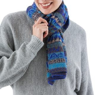 Handcrafted Alpaca 'Mountain Blue' Scarf (Peru)