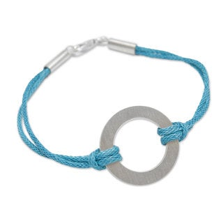 Handcrafted Sterling Silver Cotton 'Blue Charm' Cord Bracelet (Peru)