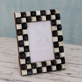 Handcrafted Upcycled Computer Keys 'Monochrome Cyber Connection' Photo Frame 4x6 (India)