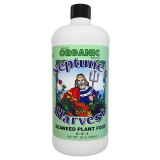 Neptune feets Harvest SW136 32-Ounce Hydrolyzed Fish Fertilizer 2-4-1