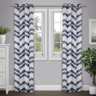 Journee Home 'Sanaa' Chevron 84 inch Grommet Top Curtain Panel