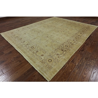 Hand-Knotted Oriental Peshawar Ivory Wool Rug (8' 1 X 10' 2)