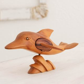 Handmade Mahogany Wood 'Friendly Dolphin' Puzzle Box (Guatemala)