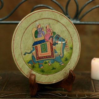 Handcrafted Soapstone 'Royal Ride' Plate (India)