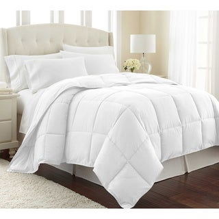 All Seasons Lightweight Down Alternative Comforter with Corner Tabs by Southshore Fine Linens