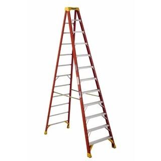 Werner 6212 12' 300 Lb Load Bearing Fiberglass Step Ladder