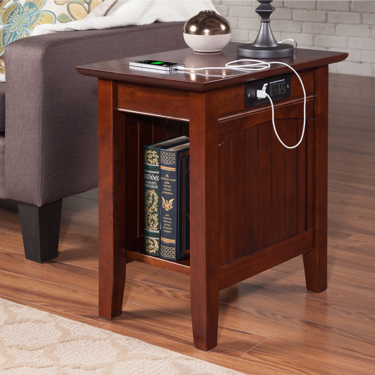 Nantucket Chair Side Table With Charging Station In Walnut