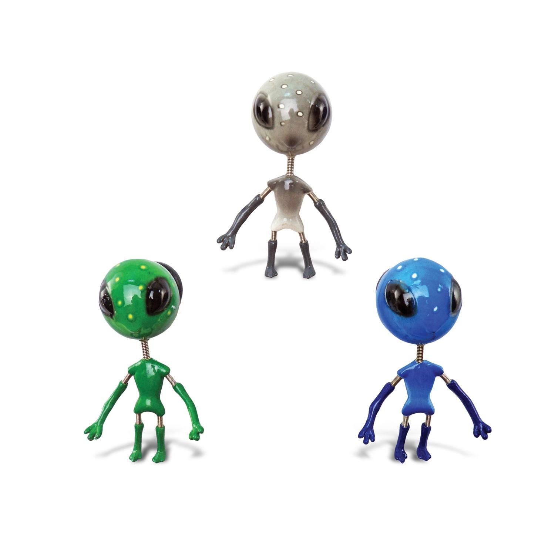 """Puzzled Alien Bobble Magnet (Size: 6""""L x 5""""W x 3""""H), Mult..."""