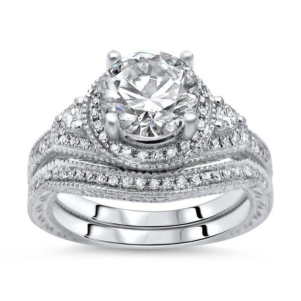 Noori Diamond Rings