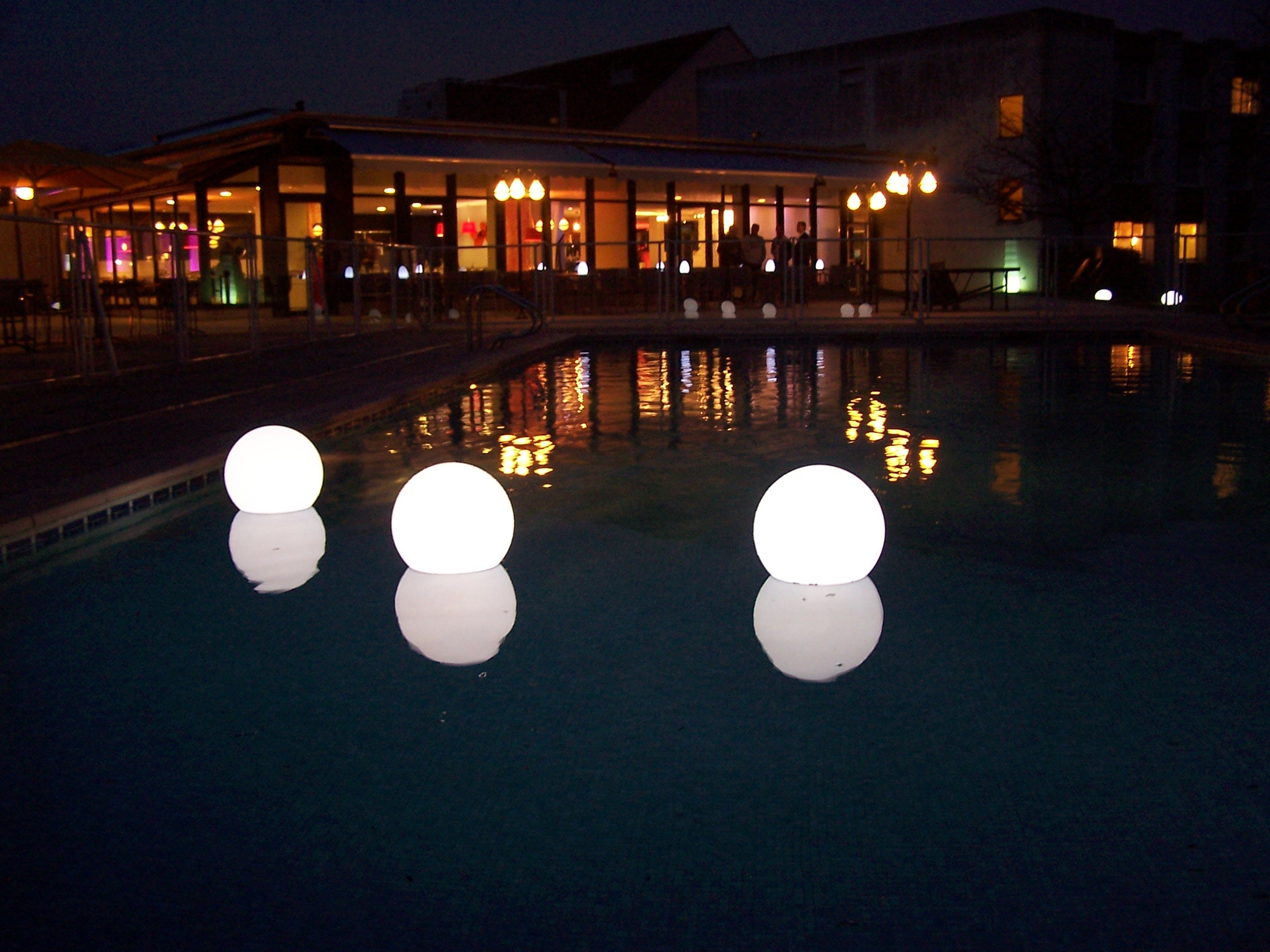 GLI Swimming Pool and Spa Chill Lite Basic Magnetic Lighting