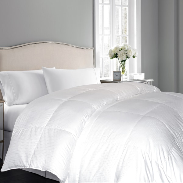 Hotel Grand Oversized 600 Thread Count White Goose Down Comforter