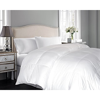 Hotel Grand Oversized 600 Thread Count All Season White Goose Down Comforter