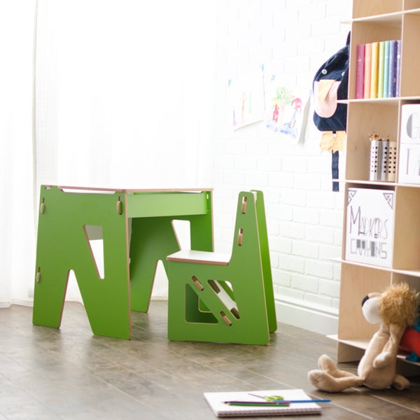 Modern Kids Desk and Chair