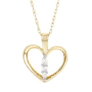 H Star 14k Yellow Gold 1/6ct TDW Diamond Heart Necklace (I-J, I2-I3)
