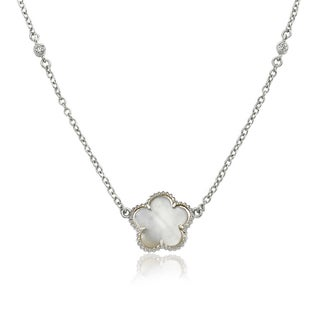 Little Miss Twin Stars Classic! Mother-of-pearl Flower on Diamond By The Yard 16-inch Chain Necklace