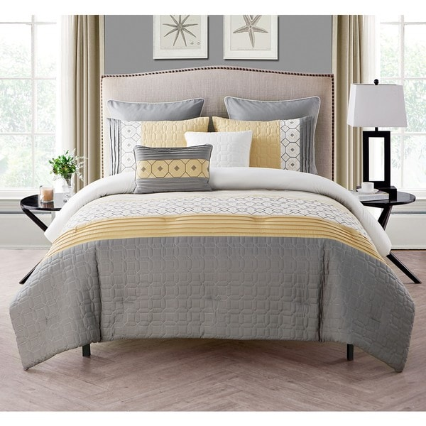 VCNY Winston Embroidered Comforter Set