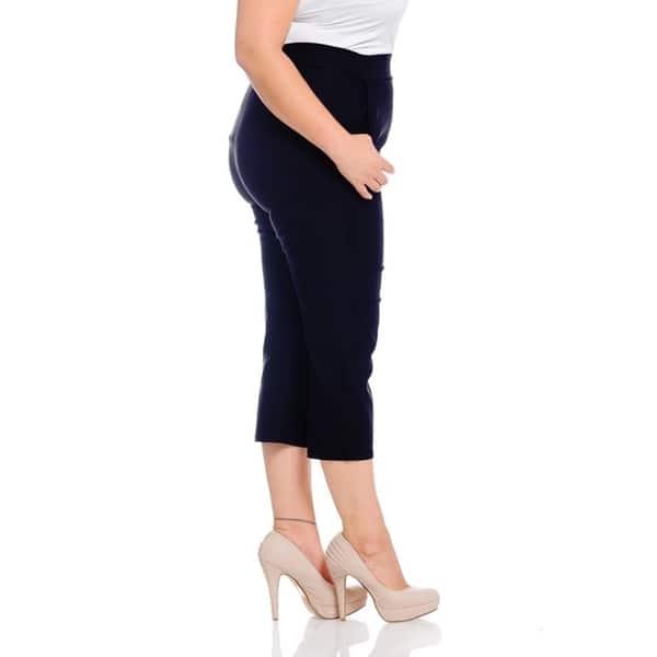Shop Women\'s Black Polyester/Spandex Plus-size Capri Pants ...