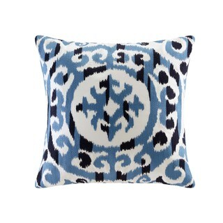 INK+IVY Mead Blue Cotton Embroidered Medallion Decorative Throw Pillow