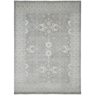 Hand-Knotted Bethel Grey New Zealand Wool Area Rug (9'x12') - 9' x 12'