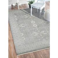 Hand-Knotted Bethel Grey New Zealand Wool Area Rug - 6' x 9'