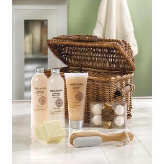 Bath and Body Sandalwood Scent Gift Set - White