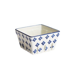 American Atelier White/Blue Ceramic Square Kitchen Berry Basket