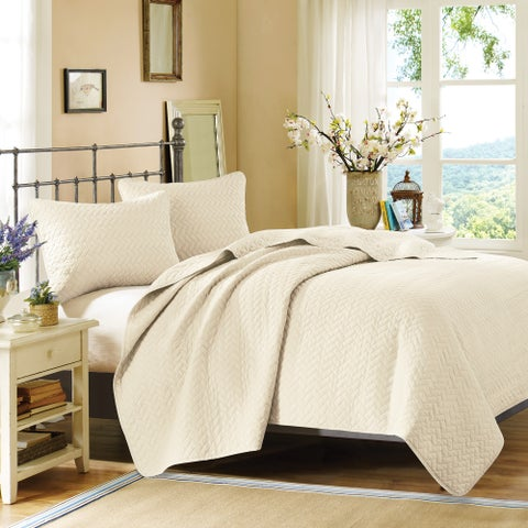 Hampton Hill Velvet Touch Ivory Coverlet Set