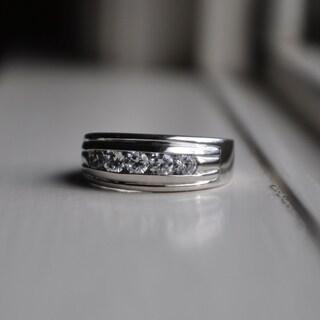 TwoBirch 10k White Gold Men's 1ct TDW Designer Diamond Ring