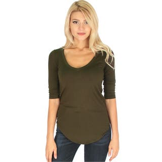 Women's 3/4-Sleeve V-Neck Top|https://ak1.ostkcdn.com/images/products/12517433/P19323516.jpg?impolicy=medium
