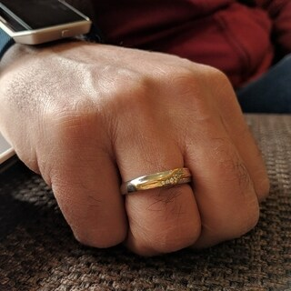 TwoBirch 10k Gold Men's 1/10ct TGW Moissanite Wedding Ring