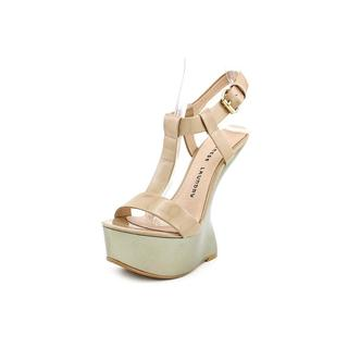 Chinese Laundry Women's 'Controversy' Tan Patent Sandals