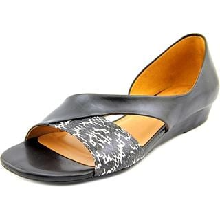 Naturalizer Women's 'Jazzy' Black Leather Sandals