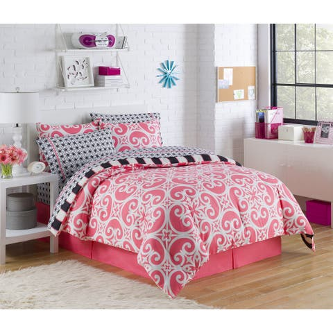 VCNY Kenzi 8-piece Bed in a Bag with Sheet Set