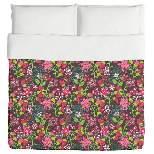 In Mums Strawberry Paradise Duvet Cover