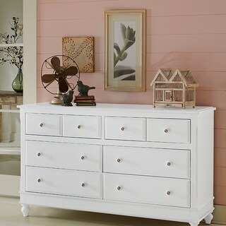 Lake House White 8-drawer Dresser