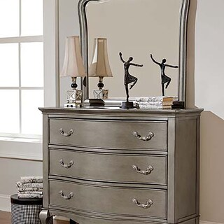 Kensington Antique Silver 3-drawer Dresser and Mirror Set