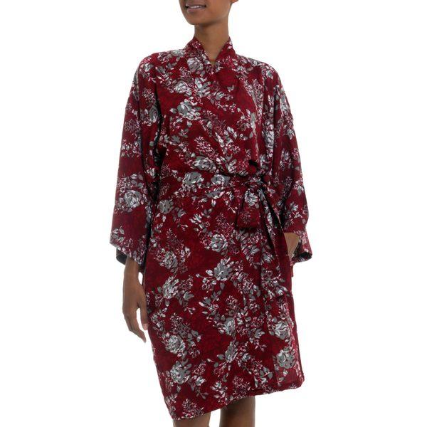 Handmade Rayon 'Gorgeous in Claret' Short Batik Robe (Indonesia)