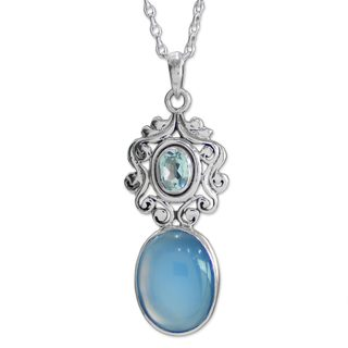 Handcrafted Sterling Silver 'Harmonious Blue' Chalcedony Topaz Necklace (India)