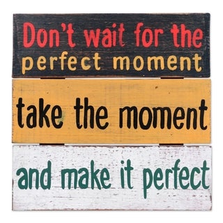 Handcrafted Albesia Wood 'Perfect Moment' Wall Art Sign (Indonesia)