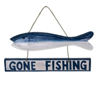 Handmade Albesia Wood 'Gone Fishing' Wall Sign (Indonesia)