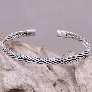 Men's Handcrafted Sterling Silver 'Go with the Flow' Bracelet (Indonesia)