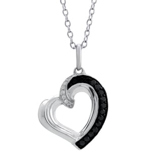 10k White Gold 0.16CTtw Diamond Heart Pendant