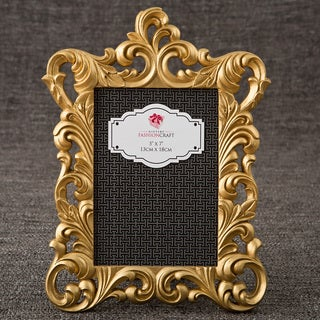 Gold Metallic Polyresin Baroque-style Vintage Frame for Standard 5-inches x 7-inches Vertical Photo